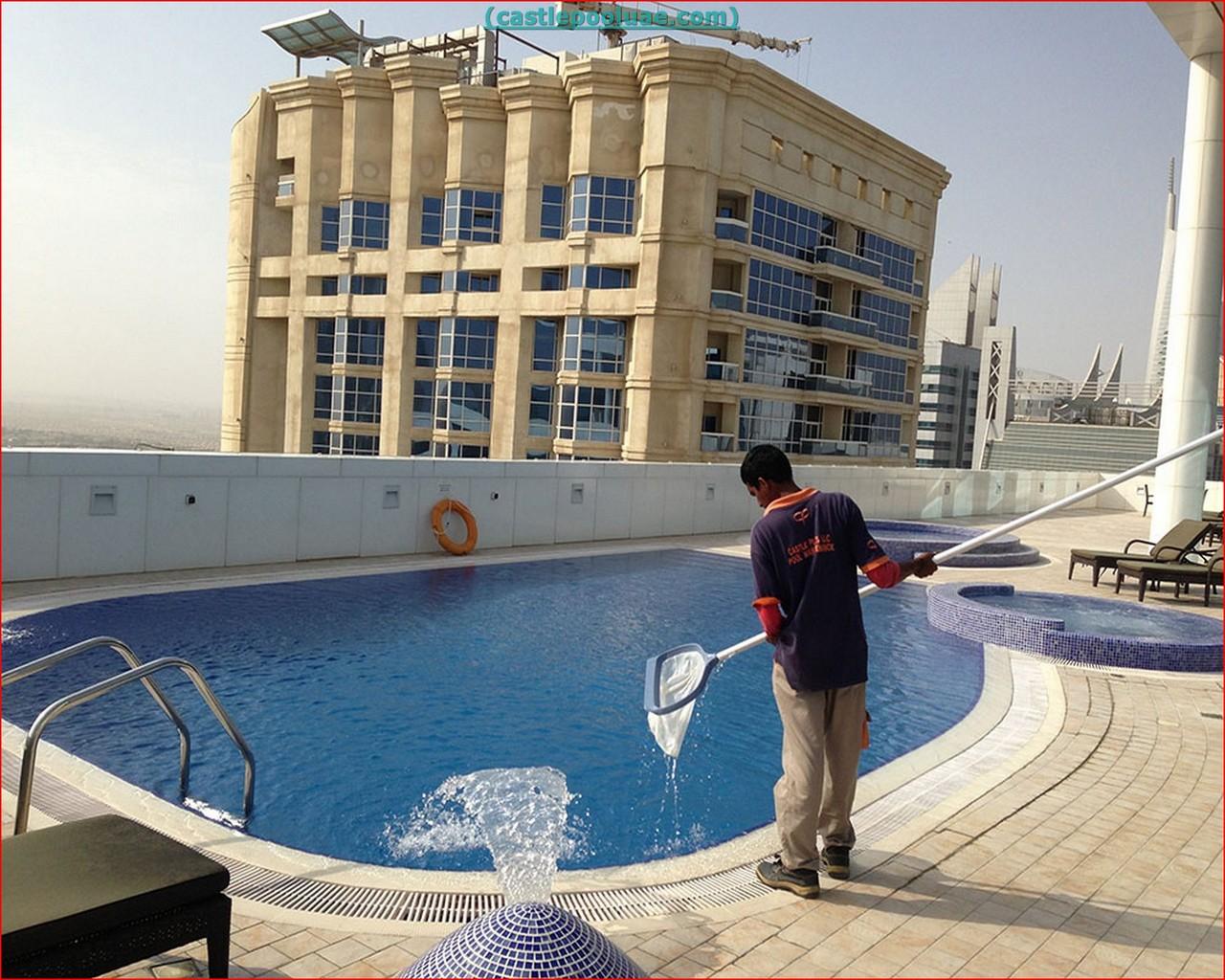 Swimming Pool Cleaning Companies : Swimming pool service companies in dubai uae
