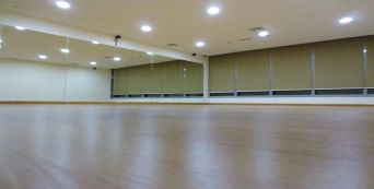 Dance Studio Hire, Dubai Call now 04 3709676