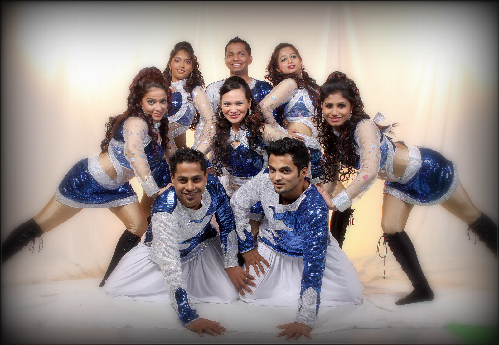 Dance Group for road show in dubai